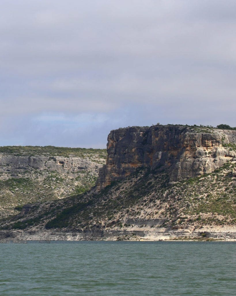 A picture showing LAKE AMISTAD