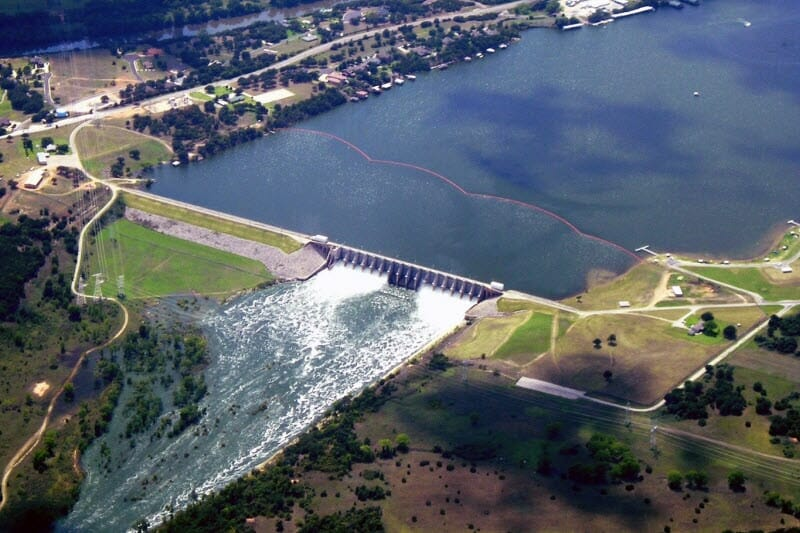 BEST WAKEBOARDING LAKES IN TEXAS: LAKE GRANBURY